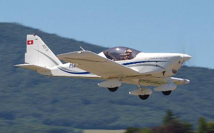 PILOTER SOI-MÊME EN SUISSE 04avion424x265