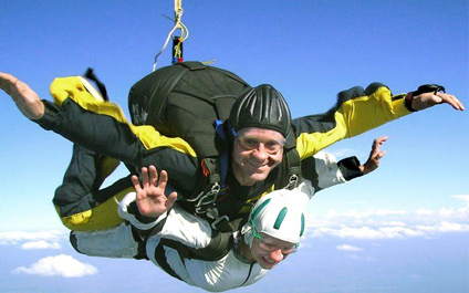 SKYDIVING IN SWITZERLAND para424x265_03