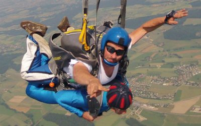 SKYDIVING IN SWITZERLAND para424x265_08