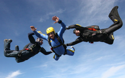 SKYDIVING IN SWITZERLAND para424x265_10