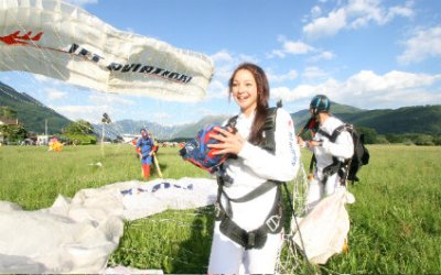 SKYDIVING IN SWITZERLAND para424x265_12