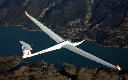 GLIDER FLIGHT IN SWITZERLAND segelflug424x265_03