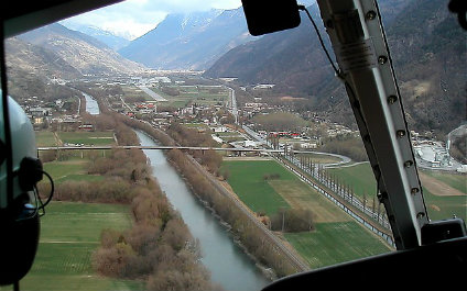 HELICOPTER SIGHTSEEING FLIGHTS IN SWITZERLAND 424x265_he16