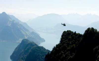 HELICOPTER SIGHTSEEING FLIGHTS IN SWITZERLAND 424x265_he22