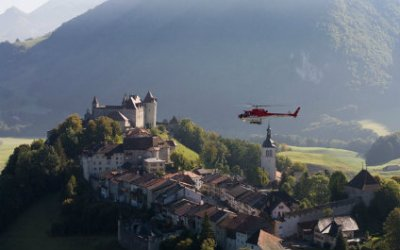 HELICOPTER SIGHTSEEING FLIGHTS IN SWITZERLAND 424x265_he27