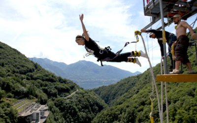 BUNGY JUMPING IN SWITZERLAND 424x265_by05