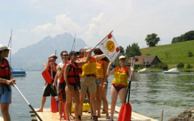 RAFT CONSTRUCTION FOR YOUR EVENT IN SWITZERLAND Flossbau424x265_5