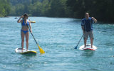 Stand up paddling on the Aare! A gift certificate to offer! What a great idea! With this quite new way of navigating, you are almost in Polynesia...
