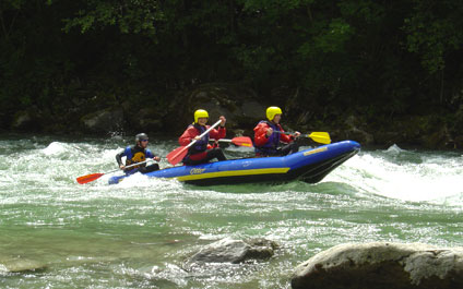 EASY RAFTING EN SUISSE funraft424x265_10