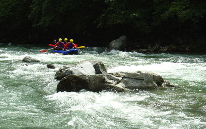 EASY RAFTING EN SUISSE funraft424x265_06