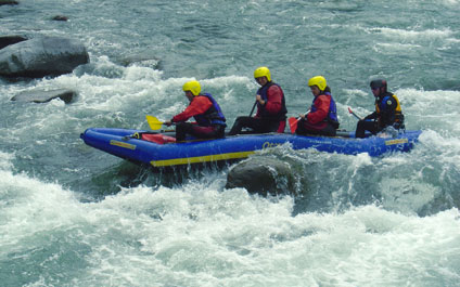 EASY RAFTING IN DER SCHWEIZ funraft424x265_14