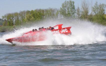 JET BOAT EN SUISSE jetboot424x265_01