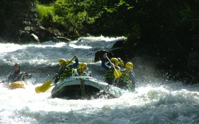 RAFTING IN SWITZERLAND AND IN THE SURROUNDING AREA raft424x265_1