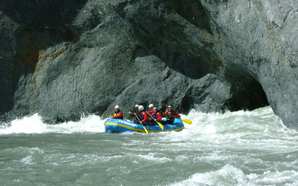 RAFTING IN SWITZERLAND AND IN THE SURROUNDING AREA raft424x265_15