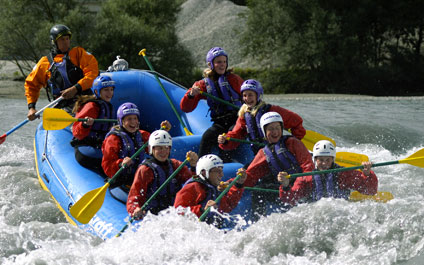 RAFTING IN SWITZERLAND AND IN THE SURROUNDING AREA raft424x265_19