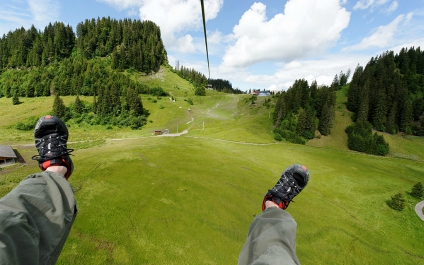 TYROLIENNE / FLYING FOX zipline424x625_4