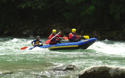 EASY RAFTING FOR COMPANIES IN SWITZERLAND funraft424x265_10